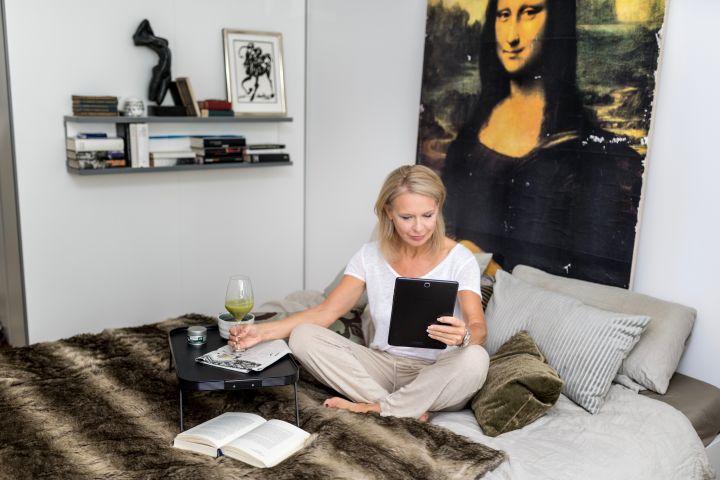 Bibi Horst hat ihre Ernährung umgestellt, 3 Kleidergrößen verloren und tolle Haut bekommen, mehr dazu bald im Buch Schokoladenjahren.