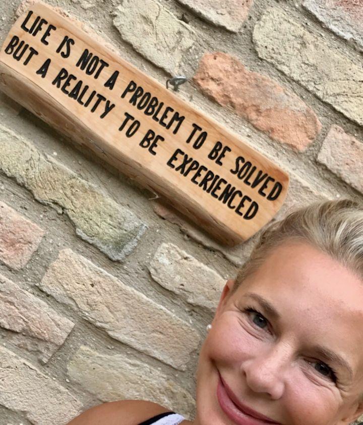 Bibi Horst's Motto: Das Leben in diesem Lebensabschnitt  ist kein zu lösendes Problem, sondern ein ein wunderbares Abenteuer namens Schokoladenjahre