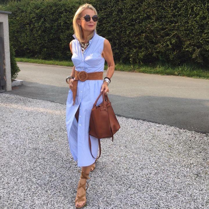 Mode ist...was wir daraus machen und das ist ganz wundervoll. Die Bloggerin Bibi Horst erzählt vom ureigenen Stil in der Mode und dem Mut gerade mit Mitte 50, ihren Styling Weg zu gehen, Sie motiviert aber auch, andere dazu, Mut zu ihren eigenen Styles zu haben.