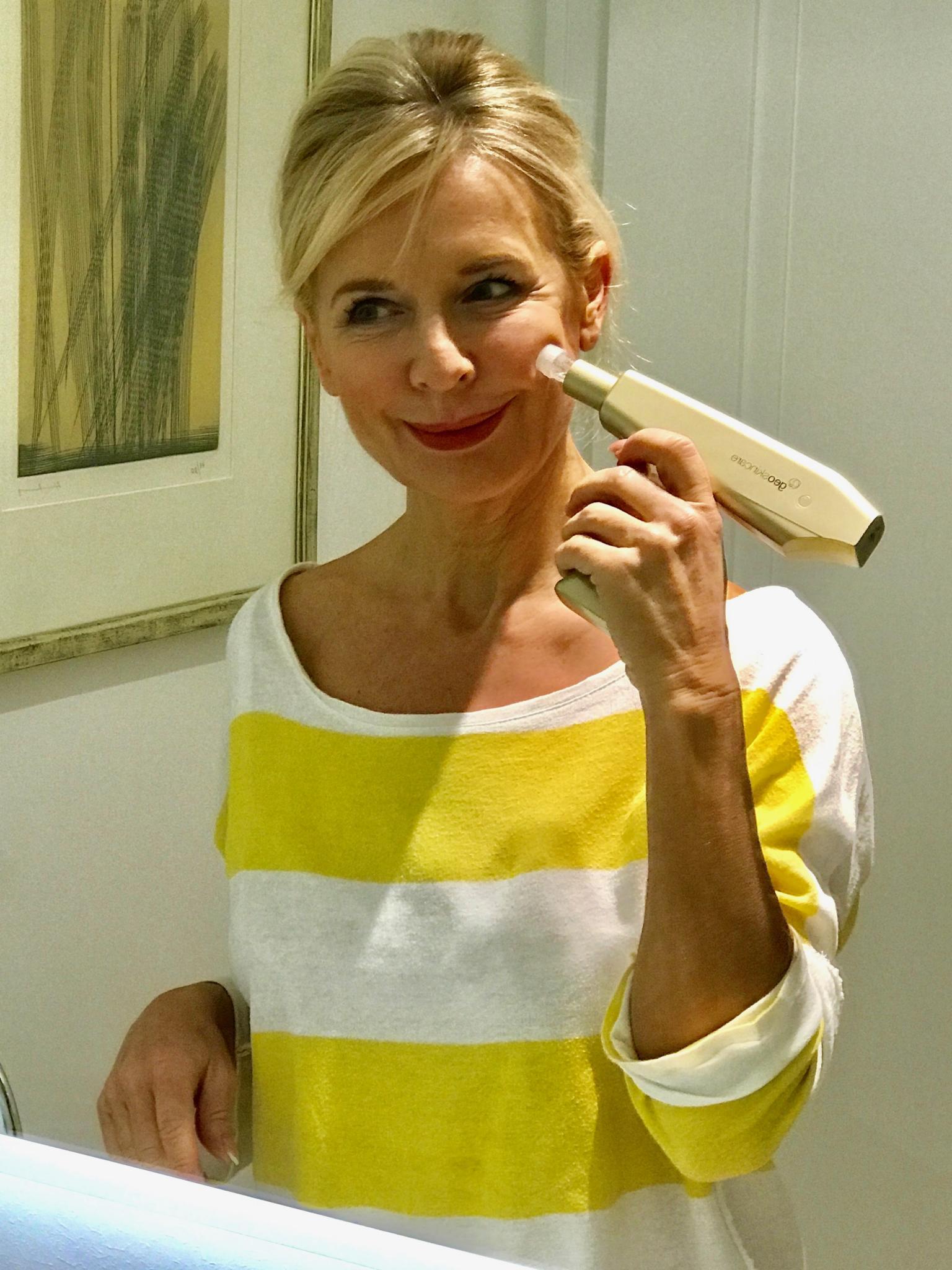 Bibi Horst ist Herausgeberin des Online Magazins Schokoladenjahre 45+ und Stilexpertin in Sachen Mode & Styling und Anti-Aging & Vitality